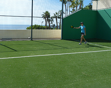 Paddle tennis court at El Encanto de la Laguna